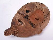 tête de statue Zande, Zaïre/Centrafrique, d'allure ancienne, bois dur avec trace