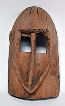vieux masque Dogon bois dur très érodé (Mali), 27 cm