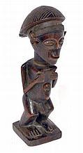 statuette Tschokwé (Zaïre), bois à belle patine 28 cm