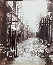 Charles MARVILLE [Charles François BOSSU dit] (1813-1879). Cour du Commerce, vue prise de la Rue St-André- des-Arts vers la rue de l'É