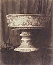 Louis-Rémy ROBERT (1811-1882). Vase de Sèvres : coupe de Pise n°112 ou 116. 1855