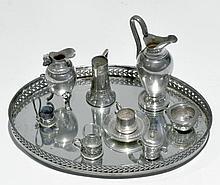 SERVICE DE POUPEE en argent miniature comprenatn une broc a eau , un pichet, une
