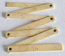 TOISE de POCHE pliante  en ivoire en pouce et de fractions de toise.  XVIIIe.