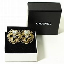 CHANEL edles Paar Ohrclips.