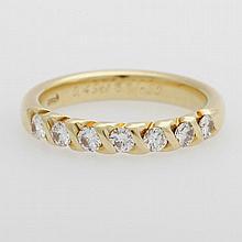 Halb-Memoire-Ring, bes. mit sieben Diam.-Brillanten zus. ca. 0,49ct TW/si.