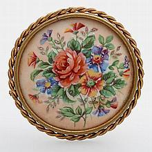 Brosche mit feiner farbiger Porzellanmalerei, rückseitig bez.