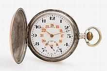 OMEGA Taschenuhr in Silber (auch SD), zwischen 1916-1923 mit Uhrenkette u. Medaillon (aus unedlem Metall).