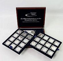 Olympische Spiele - Thematische Sammlung mit 25 Münzen, offizielle Collection des Deutschen Olympischen Sportbundes,