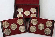 DDR - Konvolut in Schatulle mit 15 Medaillen CuNi,