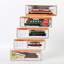 ARNOLD Konvolut von fünf Lokomotiven 2326, 2920, 2923, 2321 und 2545, Spur N.