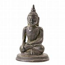 Buddha Shakyamuni-Darstellung aus Metall. THAILAND, 20. Jh.