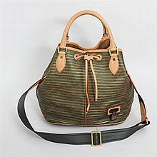 louis vuitton handbags purses for sale invaluable. Black Bedroom Furniture Sets. Home Design Ideas