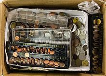 Kleiner Karton Teil I mit Resten einer größeren Einlieferung, unsortiert daher sicherlich Fundgrube!