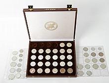 BRD - Konvolut: Box mit 5 DM Gedenkmünzen inkl. Fichte,
