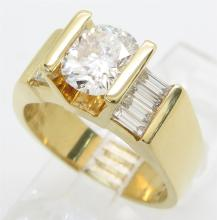 2.01 ctw Diamond Ring - 18KT Yellow Gold