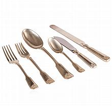 Tiffany & Co. Shell and Thread Sterling Silver Flatware 30 Piece Set