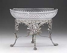 George III silver and cut-glass centerpiece, william pitts, london, 1802-03, Oval shaped cast and chased foliate frame raised on four p