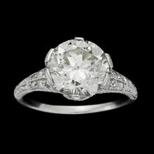 A Belle Époque diamond and platinum ring