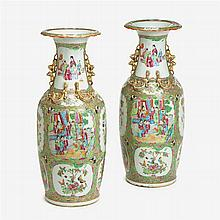 Pair of Chinese export rose medallion vases, second half 19th century