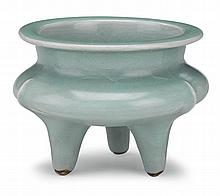 Rare Chinese Longquan celadon tripod censer, southern song dynasty, Of typical compressed form with vertical ribs running from shoulder