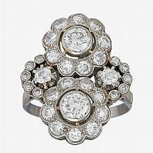 An Edwardian diamond and platinum ring, circa 1915
