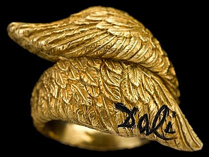 18 karat yellow gold 'wing' bypass ring, Salvator Dali, Alemany & Ertman, New York, Yellow gold 'wings', signed Dali. Accompanied b