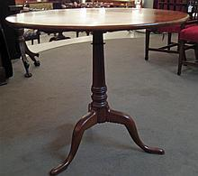 Chippendale cherrywood tilt top tea table, 18th century,