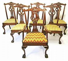 Set of eight Chippendale style mahogany dining chairs, 20th century,