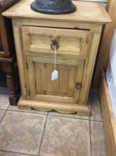 Western Style Pine End Table