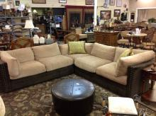 Nice Sectional Sofa In Excellent Condition