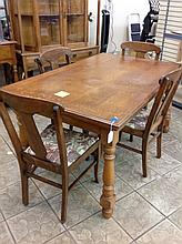 Antique Oak Draw Leaf Table With 4 CHairs