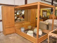 Thomasville Queen Size Modular Bedroom Suite
