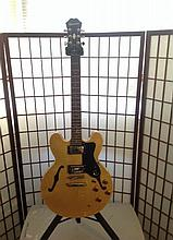 epiphone custom natural semi hollow body guitar cell