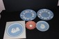 5 PIECES WEDGWOOD INCLUDING 1969 LANDING ON THE MOON