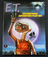 E.T. - EXTRA-TERRESTRIAL COLORFORMS ADVENTURE PLAYSET - 1982. Deluxe Colorforms foldout playset. Complete. Near Mint.