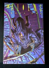 ALIENS BOOK ONE GRAPHIC NOVEL Dark Horse, 1990. Near Mint.
