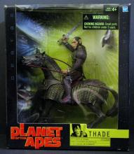 TIM BURTON'S PLANET OF THE APES GENERAL THADE & STALLION DELUXE BOX SET Hasbro, 2001. Includes 8