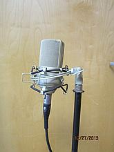 NICE MXL 990 MICROPHONE W/ ADJUSTABLE STAND
