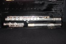 SOLID SILVER PICCOLO IN NEAR MINT CONDITION BY GEMEINHARDT - SIGNED BROOKE - ORIGINAL CASE - APPROX. 16 OZ.