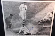 ENOS SLAUGHTERS CARDINALS MAD DASH HOME WINS 1964 WORLD SERIES 20 X 16 AUTOGRAPHED