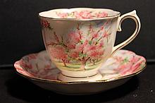 ROYAL ALBERT BONE CHINA ENGLAND BLOSSOM TIME - MINT 3