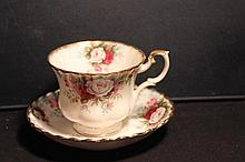 ROYAL ALBERT ENGLAND FINE CHINA CELEBRATION MINT