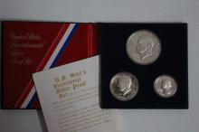 1776 TO 1976 BICENTENNIAL SILVER PROOF SET WITH COA ALL THREE COINS 40% SILVER