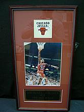 SIGNED MICHAEL JORDAN PHOTO IN NICE CUSTOM FRAME