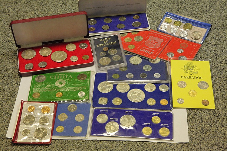 FOREIGN PROOF AND UNCIRCULATED COINS.
