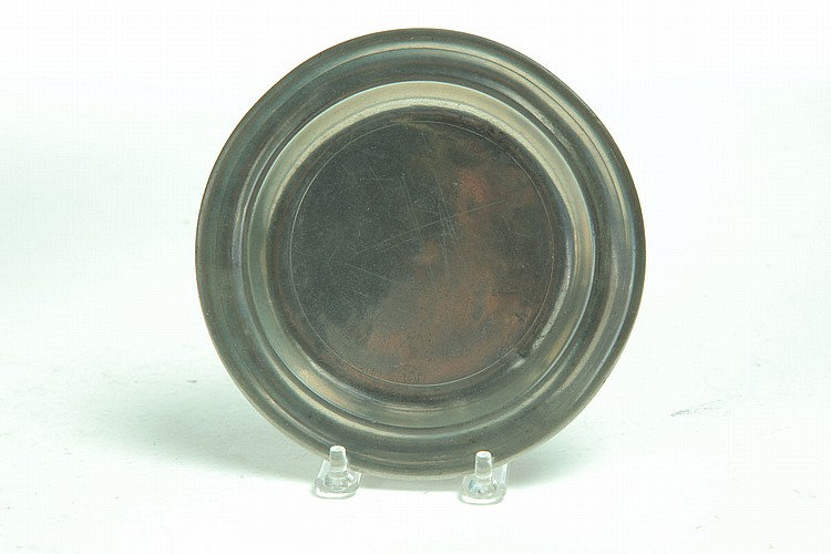 SMALL PEWTER PLATE.