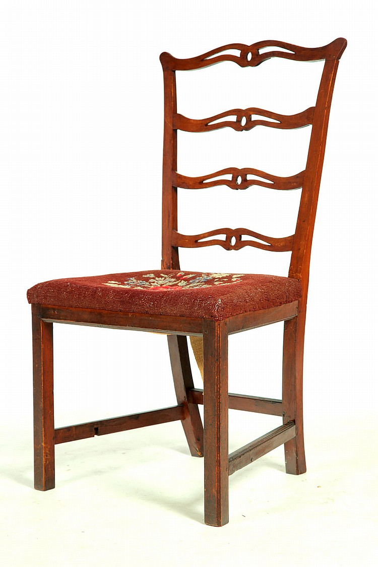 CHIPPENDALE SIDE CHAIR.