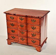 QUEEN ANNE-STYLE FOUR-DRAWER CHEST.