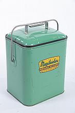 PORTABLE ICE CHEST.