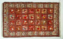 HAND WOVEN ORIENTAL AREA RUG.